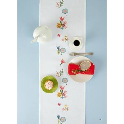 Keresztszemesen hímezhető fehér pöttyös asztali futó 29x155 cm