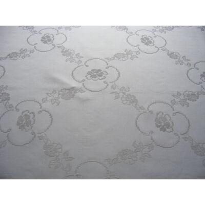 Damaszt terítő-rózsás-krém-színű-11ct