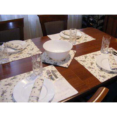 Hímezhető edényalátét-levendulás krém szegéllyel